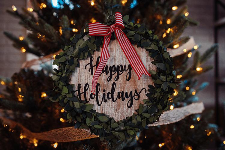 Happy Holidays from KatDoesDisney!